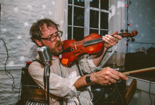 Leigh Delamere on the violin, Wedding, Old Rectory, Pyworthy, Devon